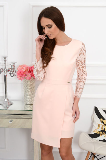 Sukienka z koronkowym rękawem Tilla pudrowy róż Rozmiar: S Bella Donna 1